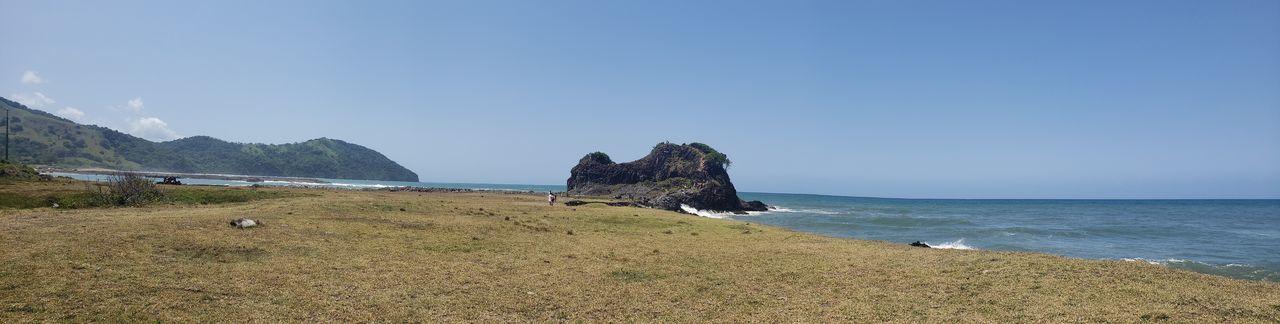 Water Sea Beach Mountain Rock - Object Sky Pebble Beach