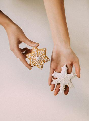 #Christmas #HolidayMarketing #Holidays #Winter #christmastime #gingerbread Ho #holiday Close-up Studio Shot White Background