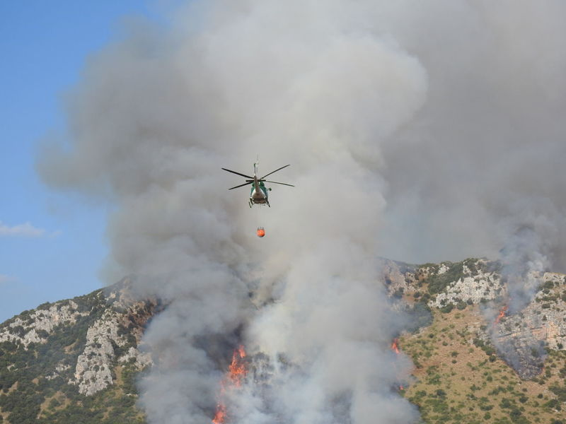 Firefighter Smoke Fire Fire Helicopter Firefighters Firefighters In Action Helicopter Mountain Nature On Fire Outdoors Sky