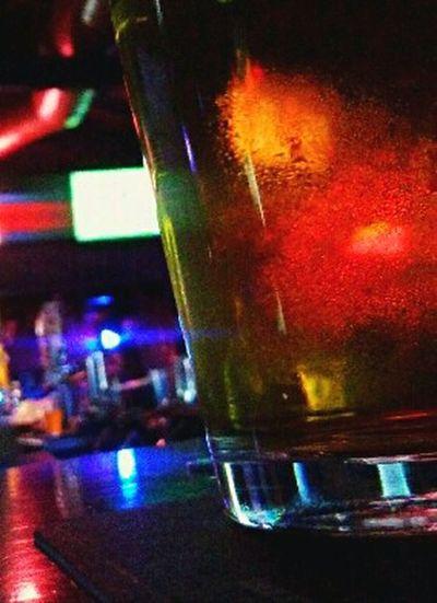Beerporn Beer Beer Glass Beer Anyone?  Beerlove Beergasm Beertime Beer Time Beergraphy Beerglass Inthebar In The Bar Bar Photography Barshot Bar Shot Barphotography Mmmm... Mmmmmmm! MmmMmmGood.. Mmmm! Cheers 🍻 Cheers ! Cheers! At The Bar Atthebar HUAWEI Photo Award: After Dark