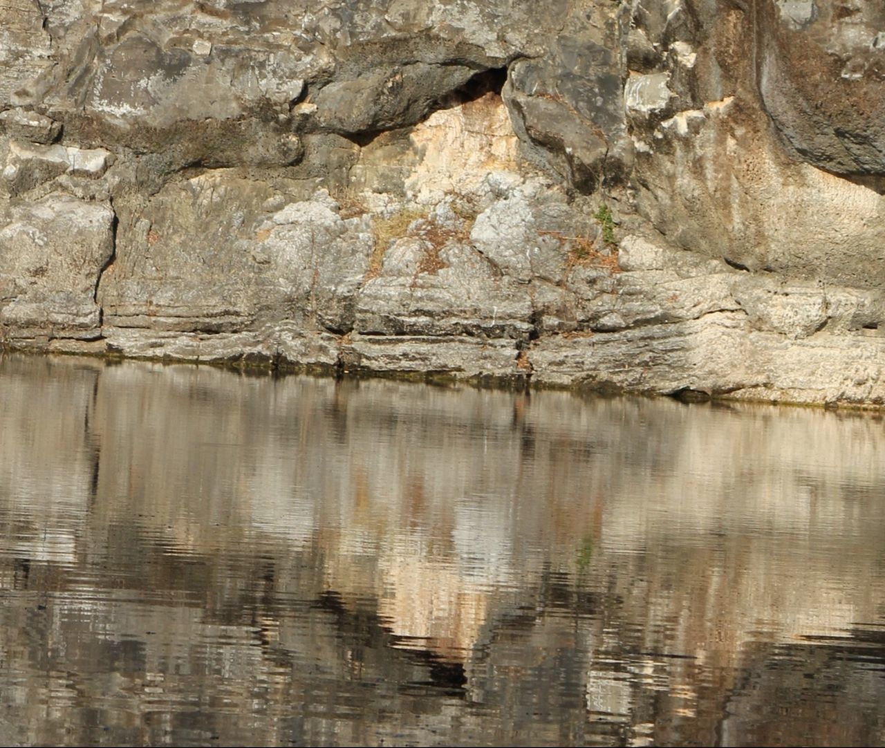 rock - object, textured, reflection, full frame, backgrounds, no people, nature, day, outdoors, close-up