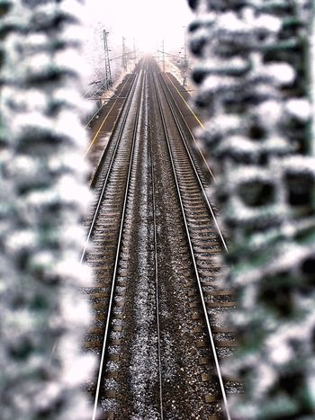 Rail Railway Bridge Freeze Freezing ❄ Freezing Village Winter Wintertime Ice Strait IPhone IPhoneography IPhone SE Cold Cold Temperature Cold Winter ❄⛄ On My Way To  My Love❤