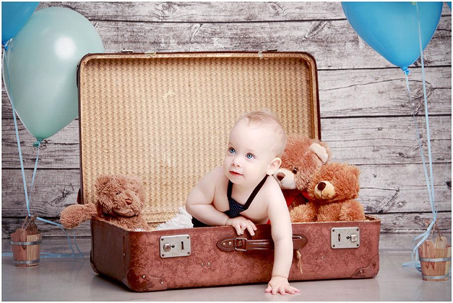 Angelfotó Goreczkifotó Hungary Budapest Studio Photography Child Photography Children Boy Birthday