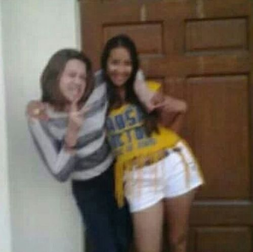 So blurry but my pics got erased and that's all I have ;( FavPic Oldtimes Loveher Bff
