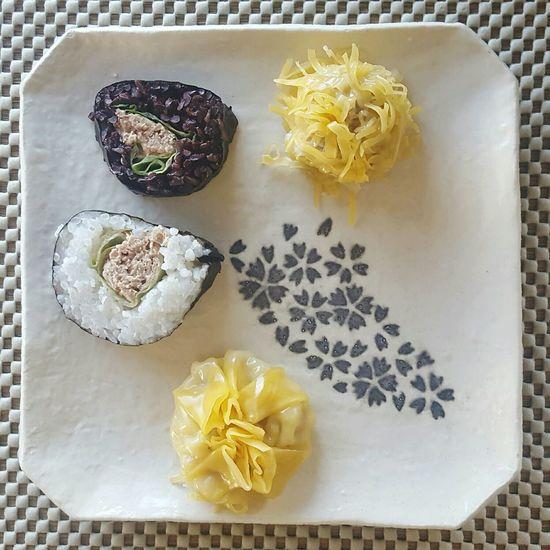 Sushi Dumplings White Rice Black Rice Japanese Food Chinese Food Homemade Food Dinner Time
