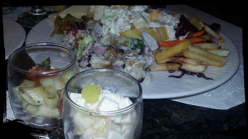 Foodieee Foodporn❤️ Foodphotography Saladporn Saladbar Fruitsalad Vegetable Salad Healthy Food Healthylife Healthy Eating
