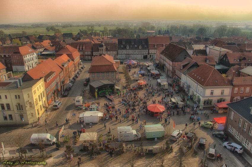 HDR Marktplatz Kirchturm Streetart