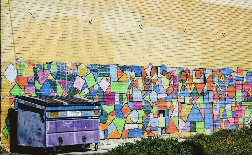 Urban Collective Urban Streetphotography Wall Collective Multi Colored Text Day Communication No People Outdoors California Dreamin Architecture The Street Photographer - 2018 EyeEm Awards