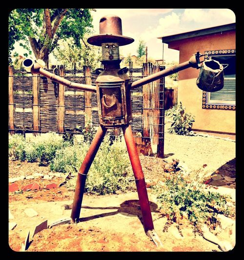 CoffeeMan. Metal Metalsculpture Sculpture Sculptures ArtWork Outdoorart Check This Out Hello World Hi! Taking Photos IPhoneography Coffee Time Coffee Coffee ☕ Coffee Break