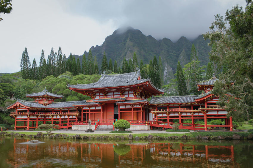Byodo-in Temple, Oahu Hawaii Byodo-In Temple Kaneohe Hawaii Oahu, Hawaii Tourist Attraction  Travel USA Valley Of The Temples Architecture Beauty In Nature Buddhist Temple Building Exterior Day Lake Mountain Nature No People Outdoors Scenics Sky Tourism Tourist Destination Travel Destinations Tree Water Zen