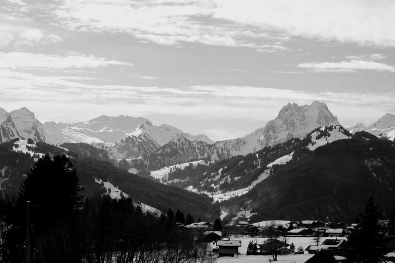 Schönried BeO Bernese Oberland Berner Oberland Schönried Blackandwhite Switzerland Winter Schweiz View Mountain Mountain Range No People Nature Outdoors Scenics Snow Beauty In Nature Day Sky Landscape