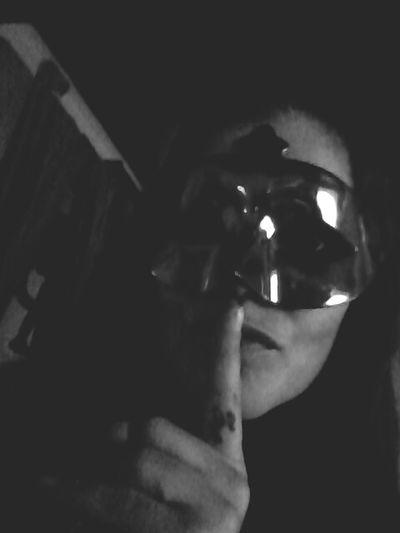 Pssst! Colors Of Carnival Schwarz & Weiß HelloEyeEm Selfie ✌ Hallo Welt Black & White That's Me!