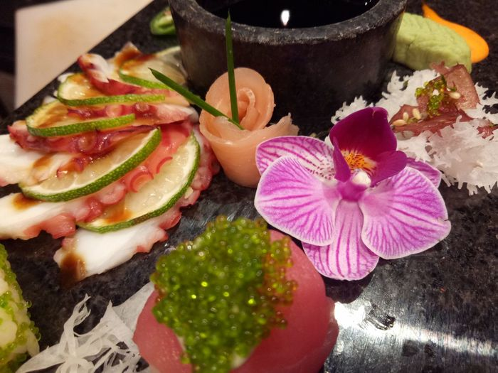 Close-up Freshness No People Nature Day Outdoors sushi and sashimi presentation Nautical Vessel Refraction Cultures Multi Colored Asian Food Japanese Food High Angle View Ready-to-eat Vegetable Food And Drink Healthy Eating Flower Head