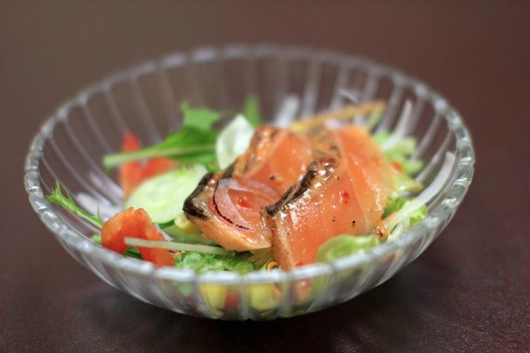 The Salad Of Salmon Carpaccio. It Is Seasoning With Italian Dressing.