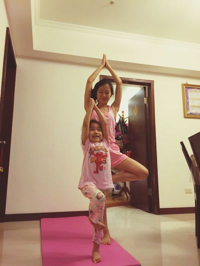 Like Aunt Like Niece My Niece Is So Cute Yoga Pose Tree Pose Check This Out Lovely Love Her ❤