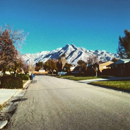 Snow stuck in the mountains! I'm so excited for upcoming winter 2015!!❄❄❄⛄⛄