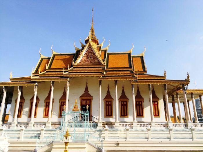Phnom Penh Royal Palace King - Royal Person City Gold Place Of Worship Religion Gold Colored History Palace Cultures Pagoda
