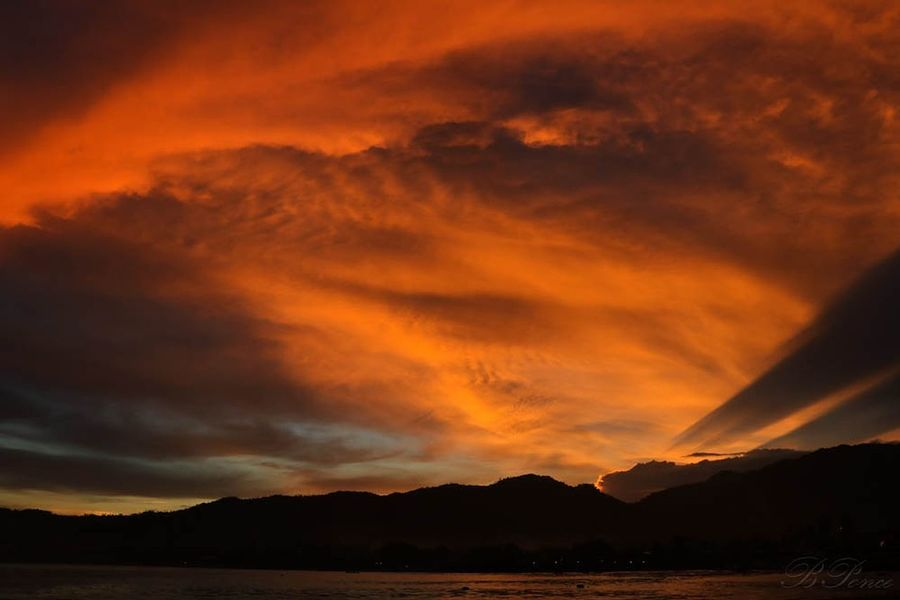 It is when sunset was so beautiful but my lens is not wide enough.I'll just save what I saw in ly brain Sunset Sunset Silhouettes Sunset And Clouds  Golden Hour Eyeem Philippines EyeEm Nature Lover Eyeem Market Canon Canonphotography Eyeem Philippines Album