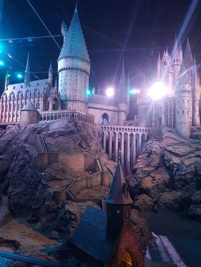 Illuminated London Hello World 9 3/4 Trip To Harry Potter