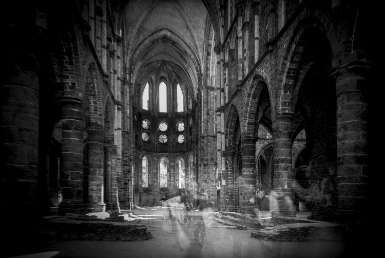 Spirituality Abbey Ruins Urbanphotography Old Buildings Abbey Moving Black And White Built Structure Running Ghost Signs  Ghosts church
