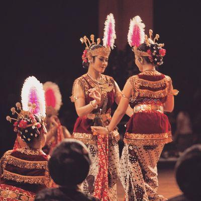 KEN AROK & KEN DEDES ? Oyikk Worlddanceday Solovely Instadaily dance indonesia