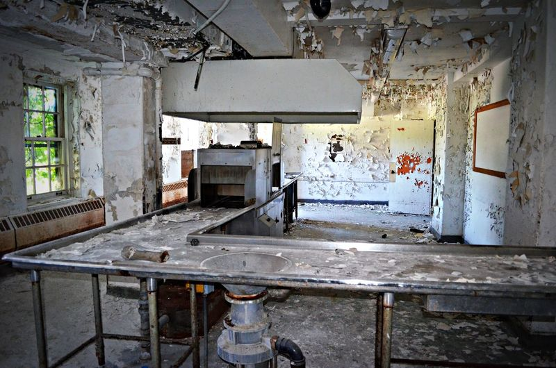 Abandoned Architecture Bad Condition Damaged Deterioration Messy No People Obsolete Old Ruined Run-down