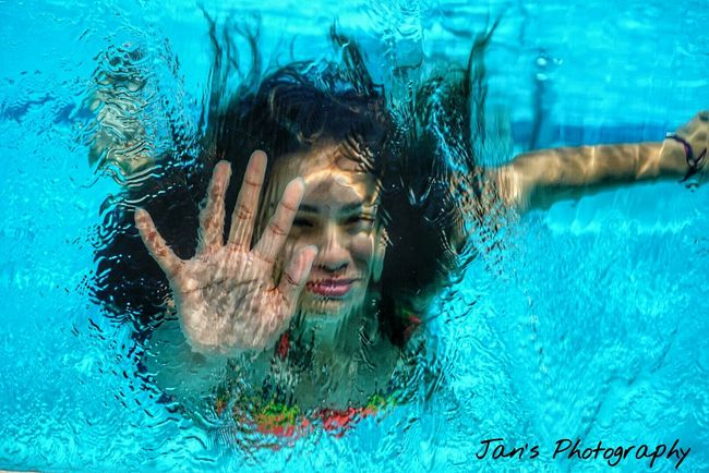 Sony A6000 Sony Underwater Water Model Exceptional Photographs Check This Out Hanging Out Daylight Portrait Underwater Potrait Underwater Photography EyeEm Best Shots EyeEm Best Edits EyeEm Gallery From My Point Of View Day Photography Taking Photos