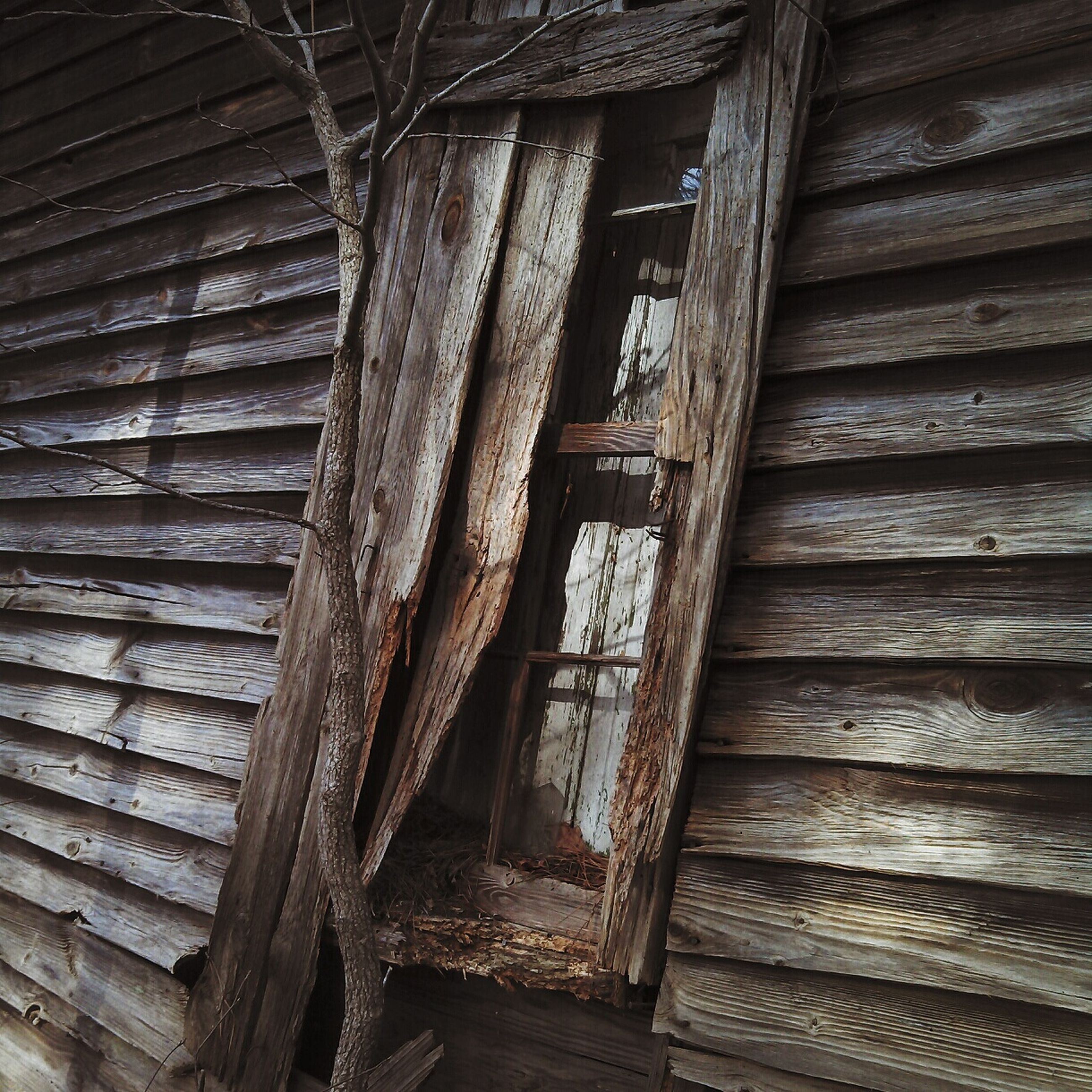 wood - material, wooden, wood, weathered, plank, old, built structure, damaged, full frame, abandoned, architecture, textured, close-up, pattern, backgrounds, run-down, building exterior, house, outdoors, day