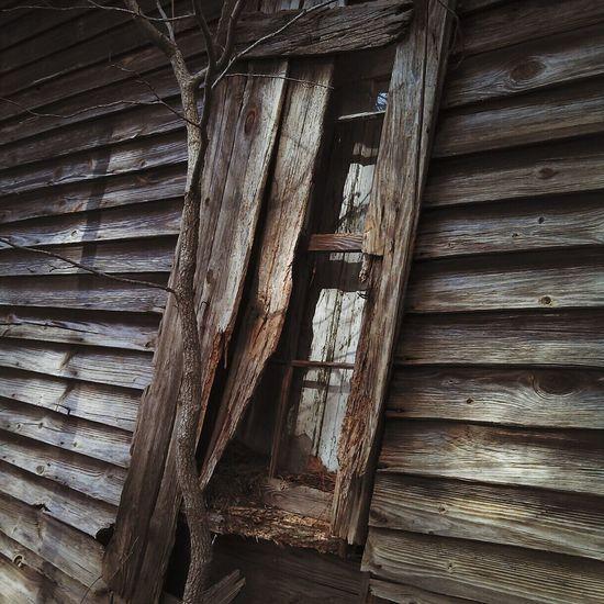 Window Beauty Of Decay Rural Decay Creepywindowsunday