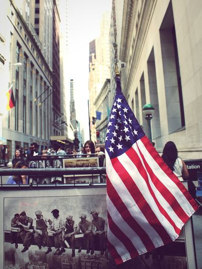The Best Of New York New York Stock Exchange  Mittagspause USA Germany Streetphotography People Photography Eye4photography  Street Life Travel Photography Adventures In The City