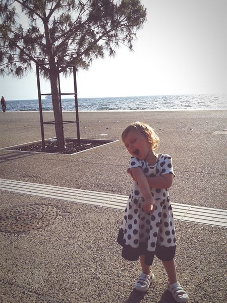 Sing me a picture 🎤💕 Joyoflife Kiddo Pure Beauty Seafront Nea Paralia Thessalonikis Girly Polkadots 👗 Love ♥ Thessaloniki Greece Natureinthecity