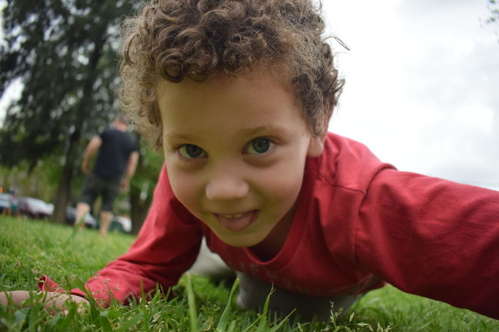 NIKON D5300 Child Front View Grass Headshot Innocence Looking At Camera One Person Portrait Real People Smiling