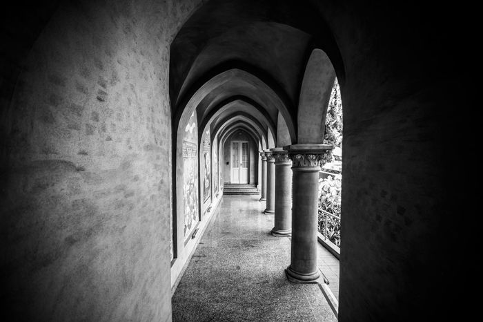 Architecture B&W Blackandwhite Architecture Arch Built Structure Building Arcade Indoors  History The Past Corridor Direction The Way Forward Day Wall - Building Feature Architectural Column Old No People Diminishing Perspective Colonnade Arched