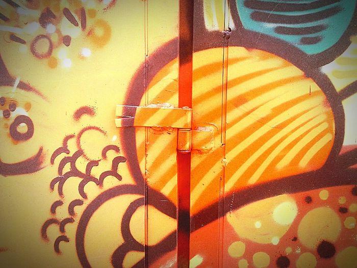 Novas cores para minha cidade. Olharbh2016 Mobilecidade pixo Grafitti Fotografiaderua grafitebh Mobograph Mobografia Mobgrafiabrasil Projetoxnats Olharsubjetivo