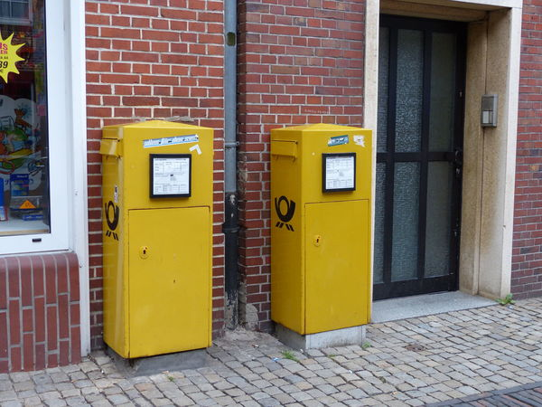 Yellow Door Building Exterior Day Architecture Built Structure No People Outdoors Public Mailbox Mail Box Emden Eastfrisia Ostfriesland Snail Mail