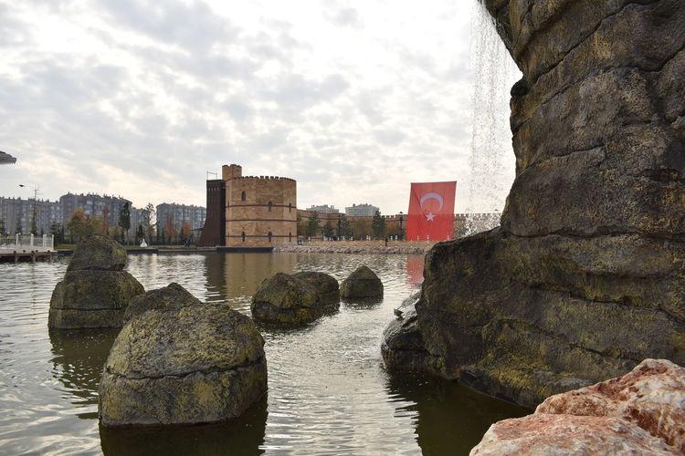 Ecdat Parkı Konya Türk Bayrağı Selale Water Lake Kale Castle
