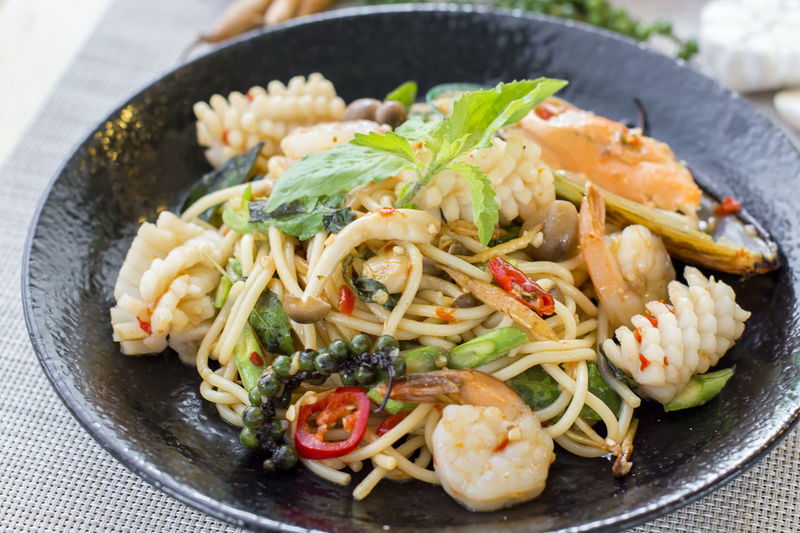 Chilli Chopsticks Drunken Food Food And Drink Freshness Healthy Eating Mussel Noodles Pasta Ready-to-eat Seafood Seafood Spaghetti Spice Spicy Taste