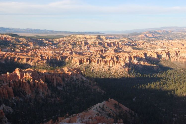 Scenic view of bryce canyon national park against sky