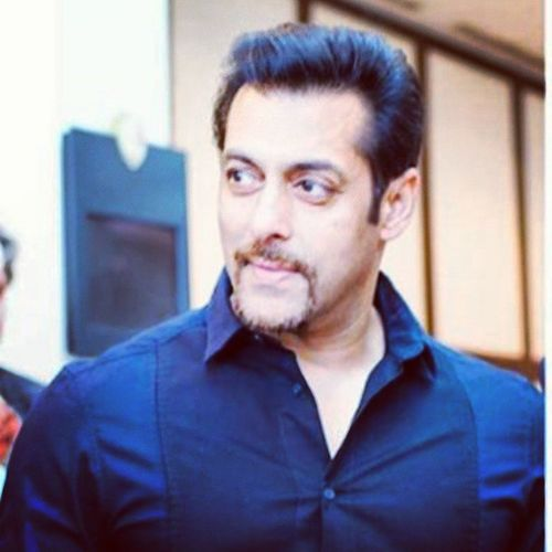 Wishing a rocking Birthday to 'The REAL HUMAN BEING' Salman_Khan :) :* :)
