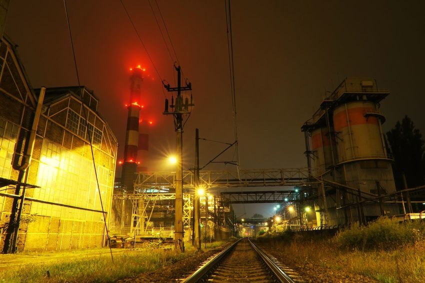 Night Industry Factory Illuminated Fuel And Power Generation Oil Industry Smoke Stack Business Finance And Industry No People Electricity  Oil Refinery Refinery Sky Power Station Electricity Pylon Outdoors Metal Industry EyeEmNewHere
