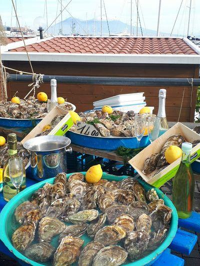 Tripudio di ostriche Mussels Ostriche Ostras Vesuvio Vesuvio Da Napoli Naples Gulf Mergellina, Naples Day Outdoors Food No People For Sale Freshness Close-up