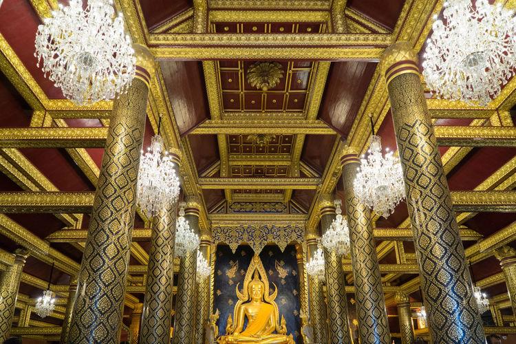 พระพุทธชินราช Architecture Buddah Built Structure Church Interior Design Place Of Worship Religion Statue Temple Sony A7r