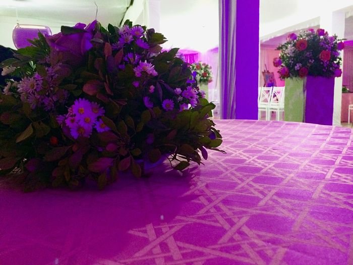 Wedding flowers making the place beautiful! 😉💐 Wedding WeddingFlowers Color Of Life Happy Moments