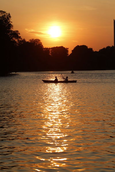 Kajak Kajaking Adult Beauty In Nature Boat Leisure Activity Men Nature Nautical Vessel Outdoors People Real People Reflection Scenics Sea Silhouette Sky Spree River Sunlight Sunset Tranquility Transportation Two People Water Waterfront