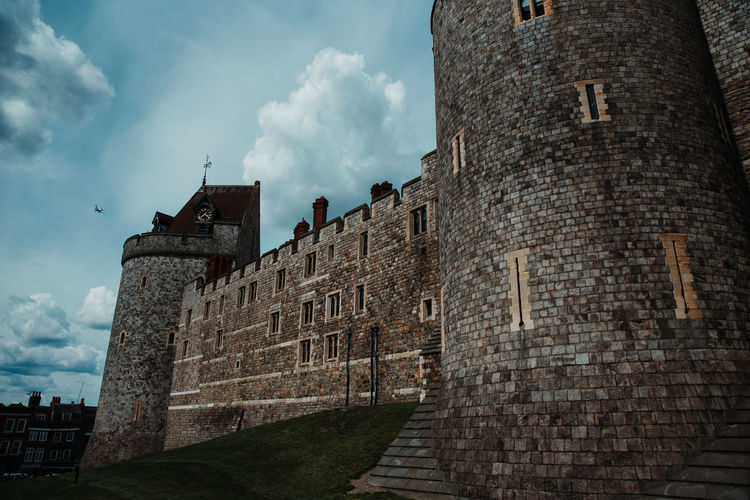 Windsor Castle Britian England Castle Built Structure Architecture Building Exterior Sky Cloud - Sky History The Past Low Angle View Building Nature Wall No People Day Old Outdoors Travel Destinations Stone Wall Travel Wall - Building Feature Fort