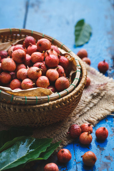 Fresh Vietnamese Figs ASIA Bamboo Burlap Dark Drug Fig Food Fresh Healthy Food Leaf Medicine Natural Light Nature Nutrition Old Wood Plant Raw Red Rustic Tasty Tray Tropical Vietnam Wet Whole
