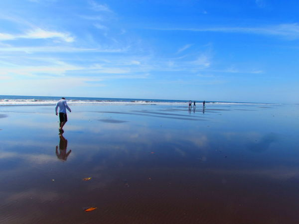 Beach Beauty In Nature Blue Cloud - Sky Day Full Length Horizon Over Water Men Metalio Nature One Person Outdoors People Playa Metalio Real People Rear View Reflection Scenics Sea Sky Water