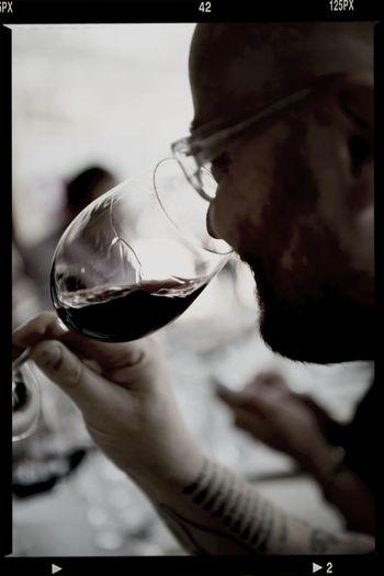Sommelier Björnstierne Wine Tasting Grand Vin Ptotographer Raphaël Cameron