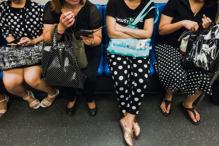 Dots Gang Repetition Polkadots Everybodystreet Streetstyle Streetphotography The Street Photographer - 2018 EyeEm Awards Pattern Body Part Group
