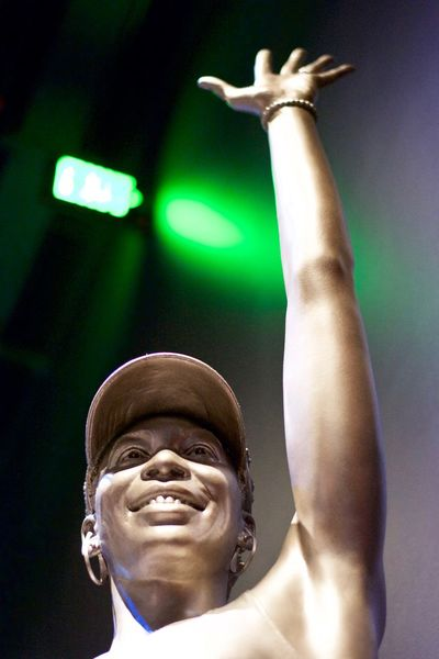 Arms Raised Close-up Day Focus On Foreground Headshot Lifestyles Low Angle View One Person Outdoors People Real People Statue Venus Williams Young Adult